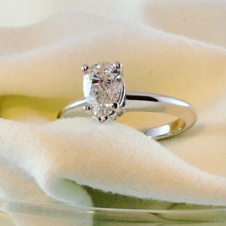 solitaire engagement ring winnipeg