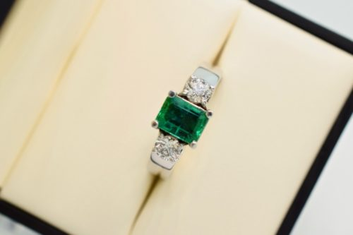 custom emerald ring winnipeg