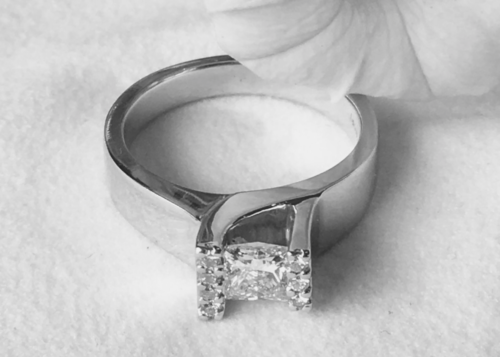 modern princess cut engagement ring