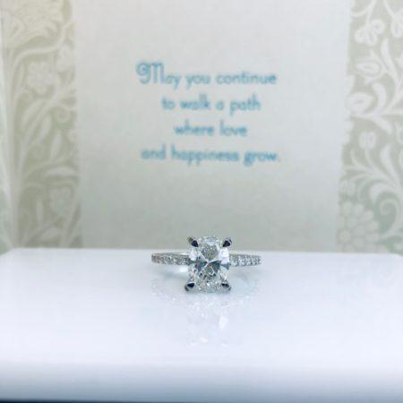 custom oval engagement rings winnipeg