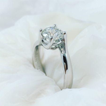 april birthstone diamonds