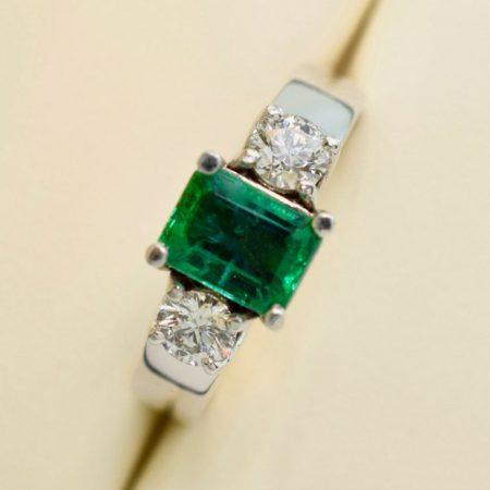 omori diamonds emerald rings in winnipeg