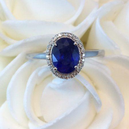 royal blue sapphire ring winnipeg