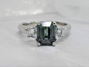 teal sapphire engagement ring in winnipeg